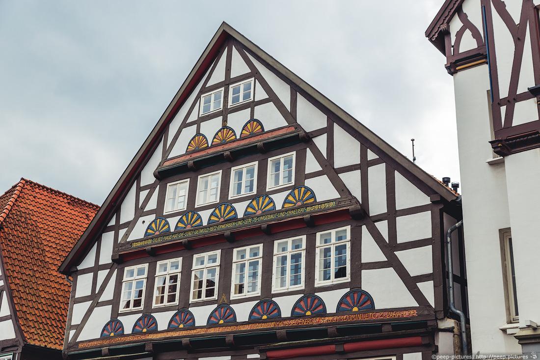 https://img.ewelt.org/pics/upashi/Germany/2014/Detmold/2014-04-20_122645_6D_4900.jpg