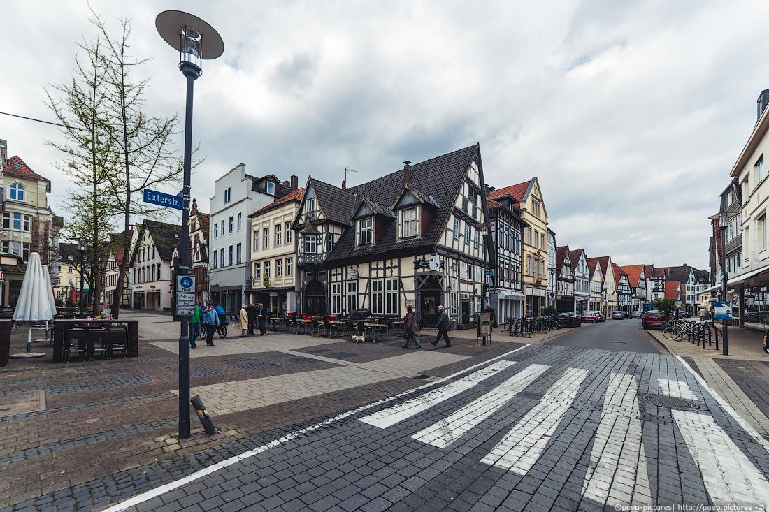 https://img.ewelt.org/pics/upashi/Germany/2014/Detmold/2014-04-20_123134_6D_4917.jpg