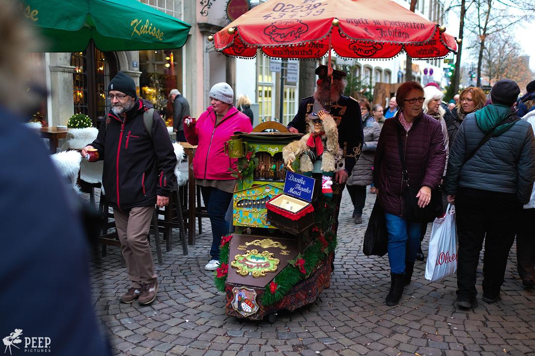 https://img.ewelt.org/pics/upashi/Germany/2017/Weihnachtsmarkt/Cologne/20171205_161506_X-T2_9882.jpg