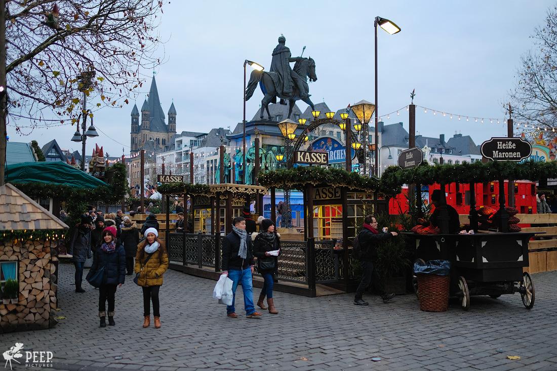 https://img.ewelt.org/pics/upashi/Germany/2017/Weihnachtsmarkt/Cologne/20171205_162147_X-T2_9887.jpg