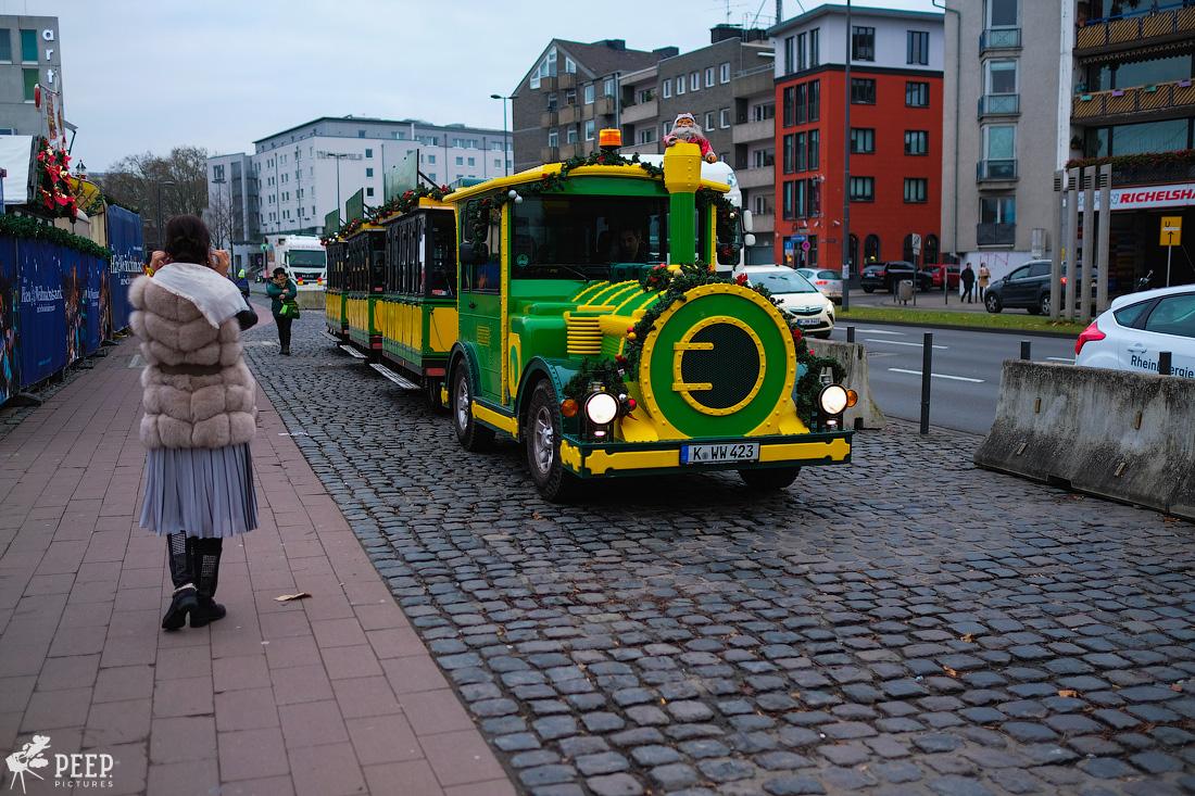 https://img.ewelt.org/pics/upashi/Germany/2017/Weihnachtsmarkt/Cologne/20171205_163002_X-T2_9889.jpg