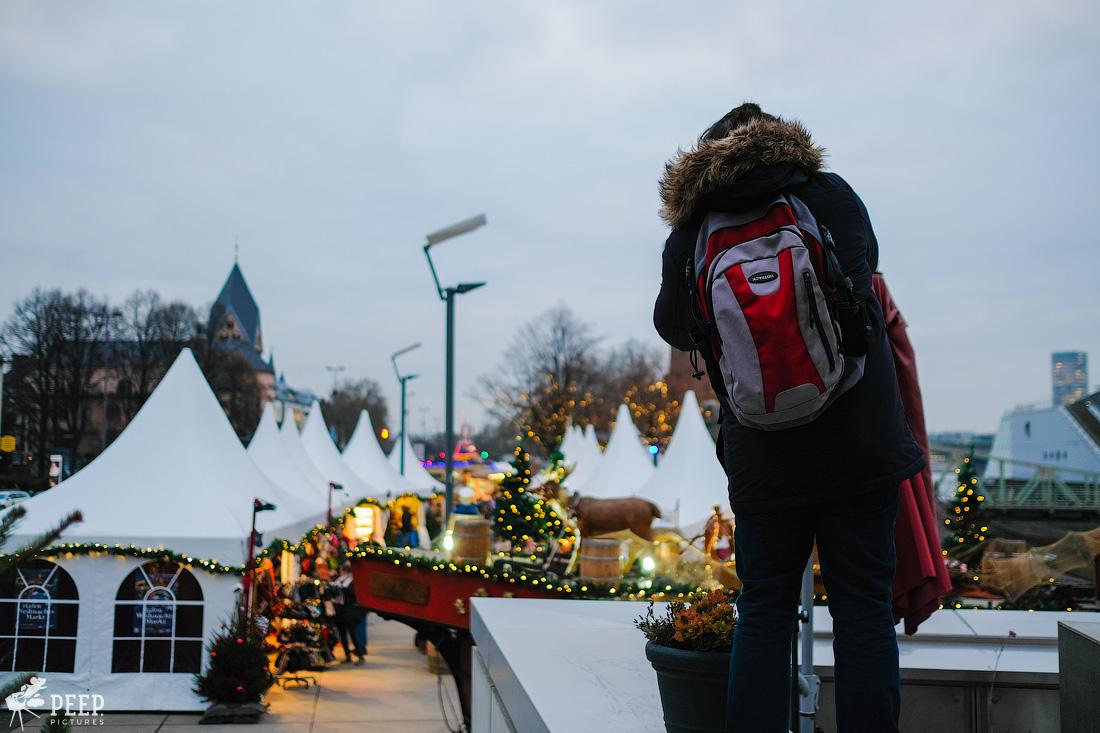 https://img.ewelt.org/pics/upashi/Germany/2017/Weihnachtsmarkt/Cologne/20171205_171203_X-T2_9909.jpg