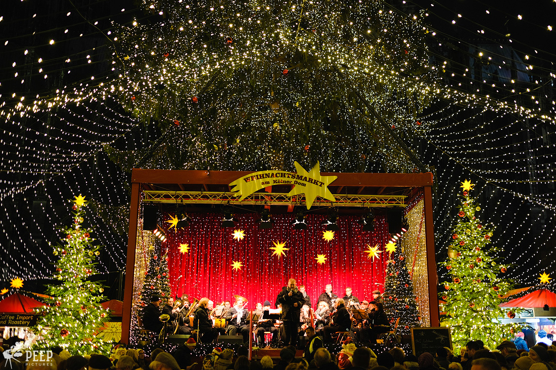 https://img.ewelt.org/pics/upashi/Germany/2017/Weihnachtsmarkt/Cologne/20171205_181705_X-T2_9958.jpg