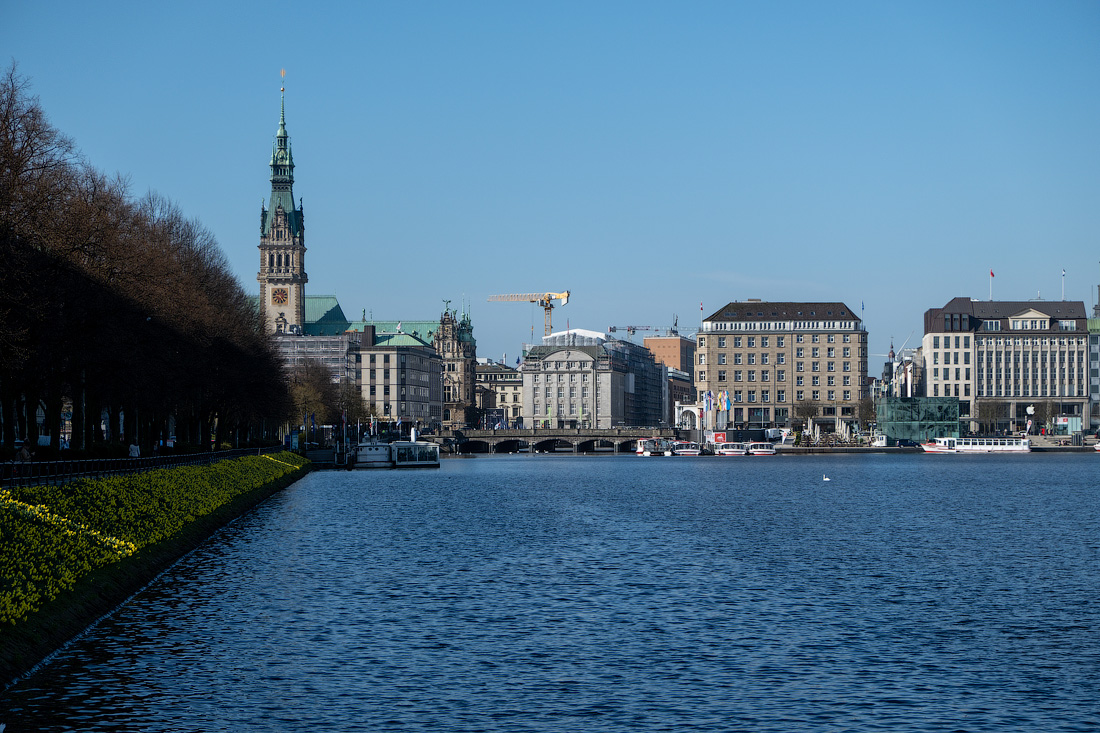 https://img.ewelt.org/pics/upashi/Germany/2018/Hamburg/20180417_092446_X-H1_4951.jpg