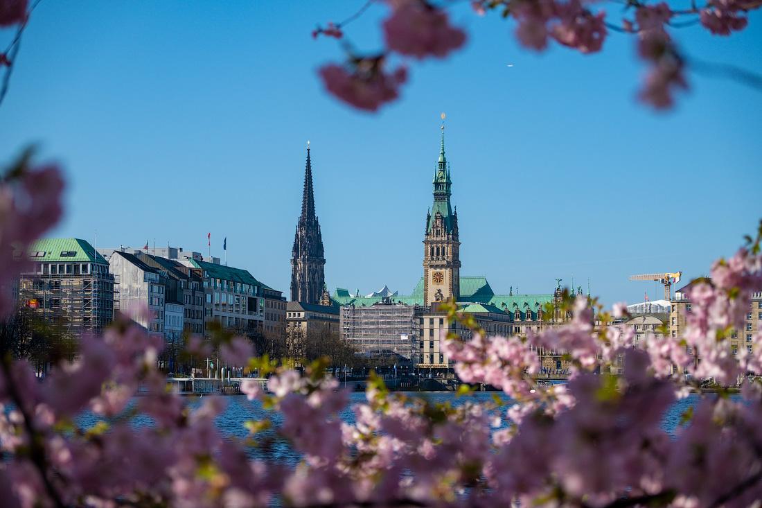 https://img.ewelt.org/pics/upashi/Germany/2018/Hamburg/20180417_092806_X-H1_4958.jpg