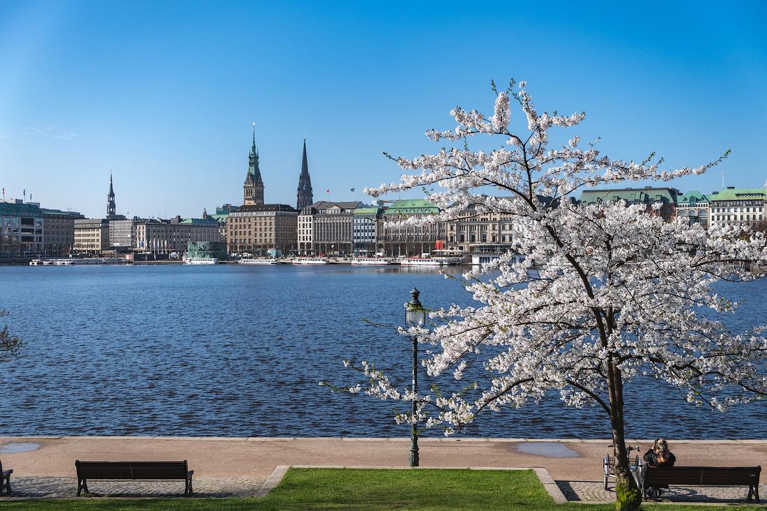 https://img.ewelt.org/pics/upashi/Germany/2018/Hamburg/20180417_094430_X-H1_4994.jpg