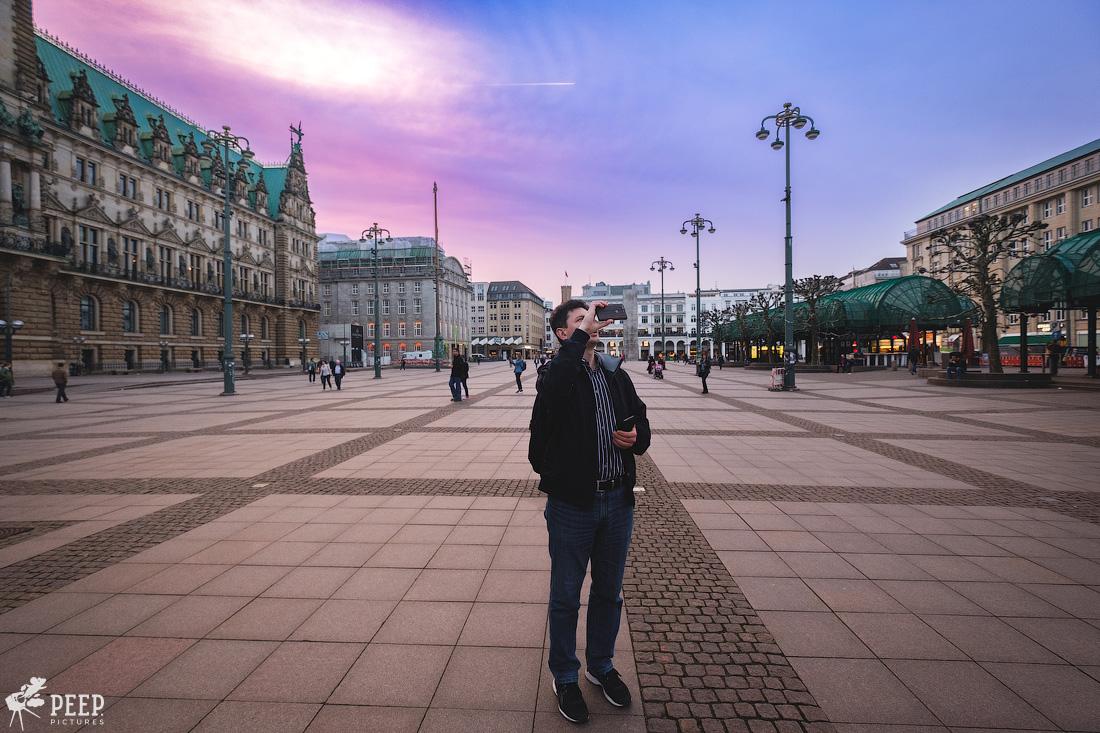 https://img.ewelt.org/pics/upashi/Germany/2018/Hamburg/20180417_200721_X-H1_5073.jpg
