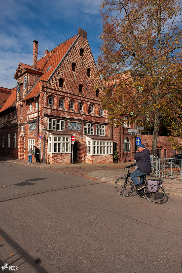 https://img.ewelt.org/pics/upashi/Germany/2019/Luneburg/20191027_124935_X-T2_2720.jpg