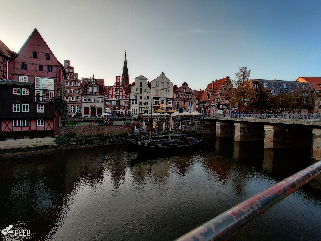 https://img.ewelt.org/pics/upashi/Germany/2019/Luneburg/20191027_162840-Edit.jpg