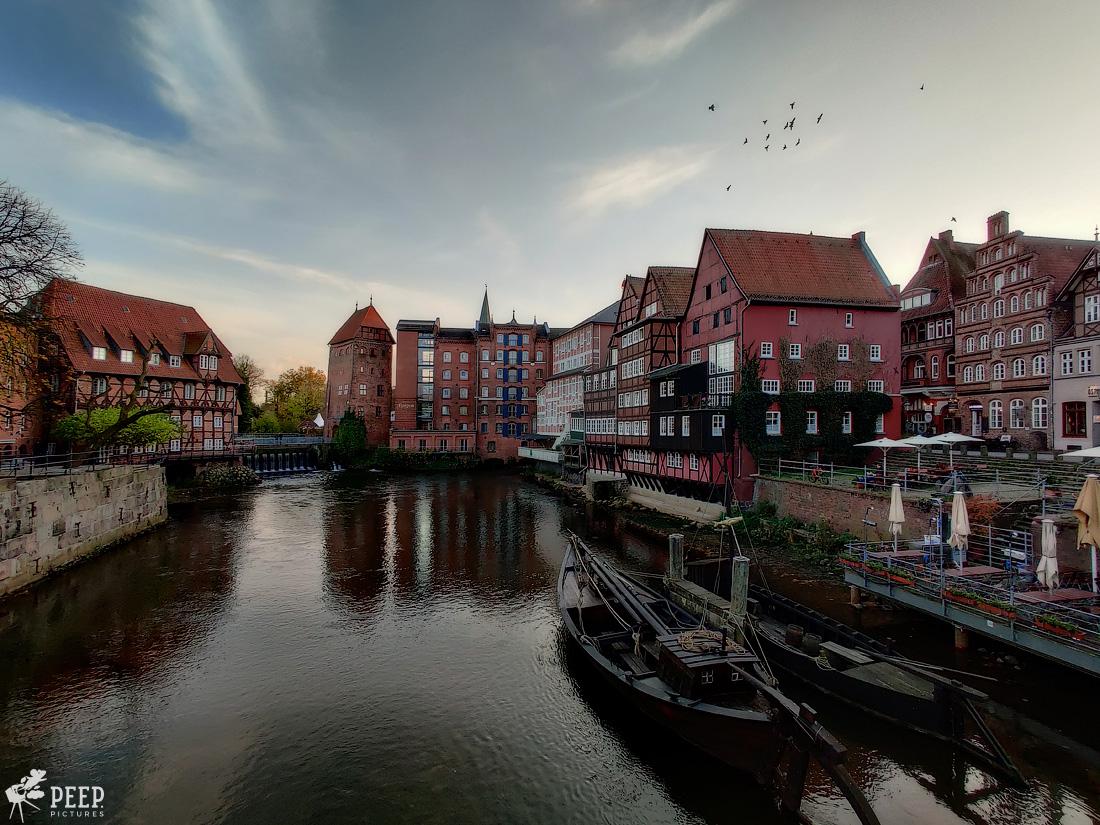 https://img.ewelt.org/pics/upashi/Germany/2019/Luneburg/20191027_163358-Edit.jpg