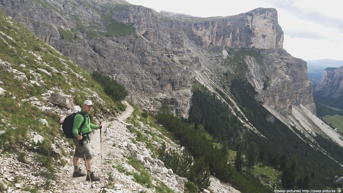https://img.ewelt.org/pics/upashi/Italy/2016/Dolomites/Langental/20160802_171210.jpg