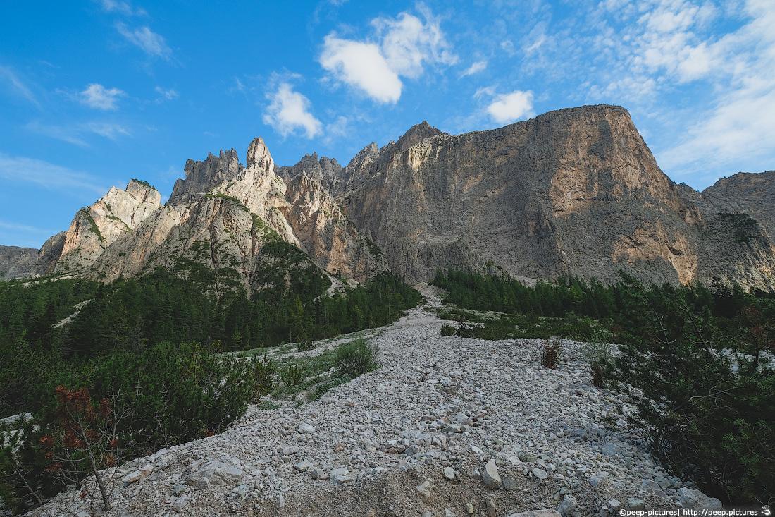 https://img.ewelt.org/pics/upashi/Italy/2016/Dolomites/Langental/20160802_183030_Pro2_8811.jpg