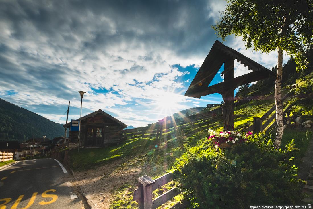 https://img.ewelt.org/pics/upashi/Italy/2016/Dolomites/Langental/20160802_191719_Pro2_8837.jpg
